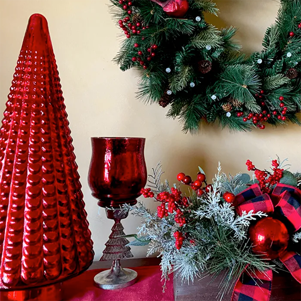 Clever Ways to Organize Your Holiday Decor