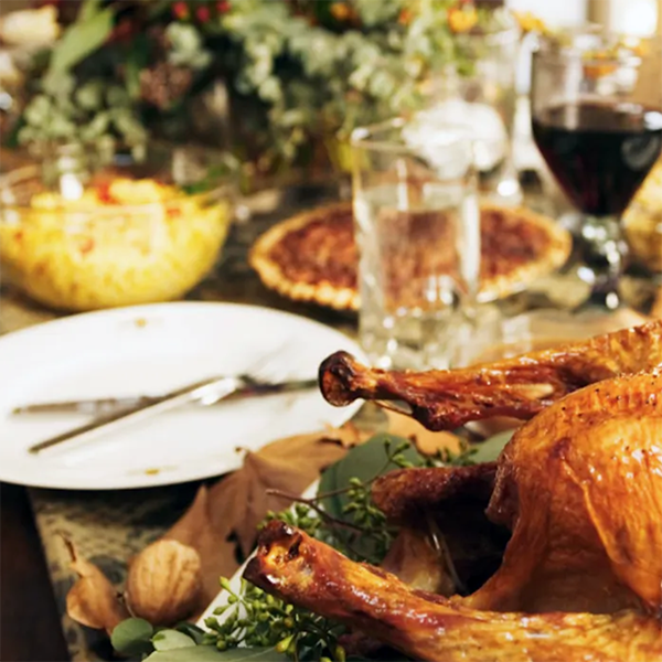 How to Throw The Perfect Thanksgiving Celebration
