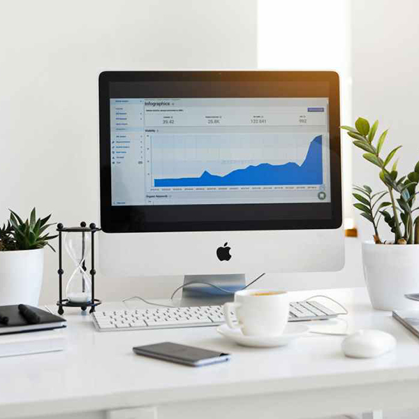 5 Simple Ways To Organize Your Desk