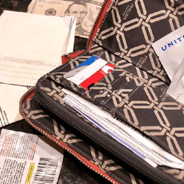 Messy Purse? Organize It With These Helpful Hacks