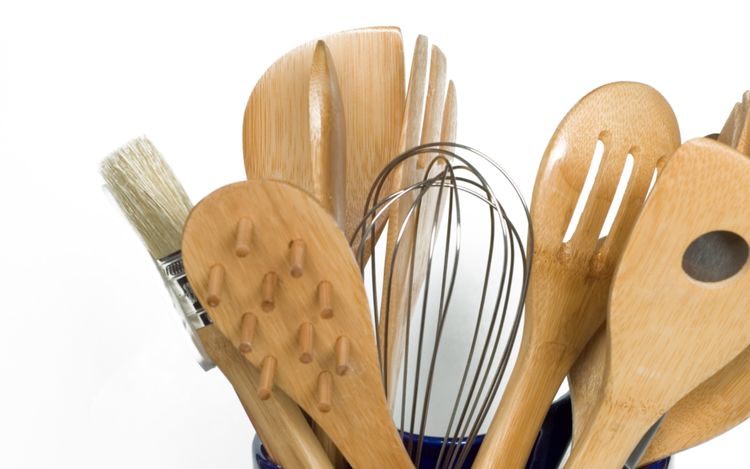 20 Kitchen Gadgets under $20 You Need In Your Home