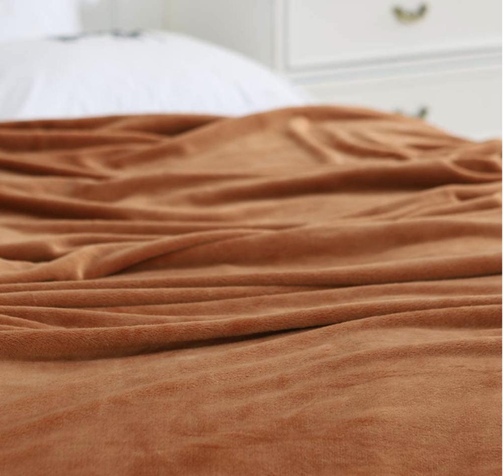 velvety blanke