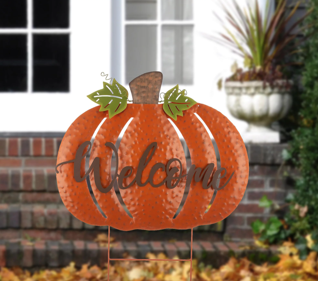 welcome sign for fall