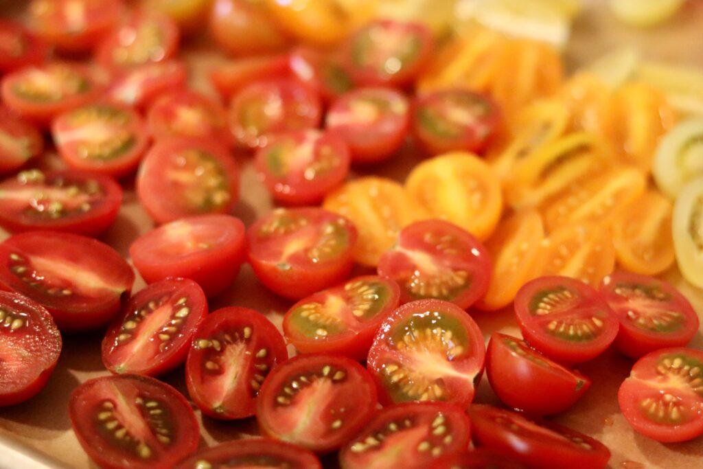roasting summer tomatoes